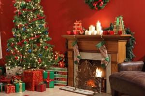Decorar la chimenea en Navidad