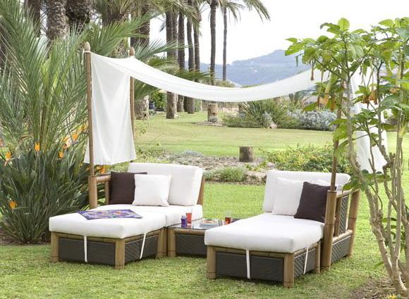 Consejos para renovar el mobiliario del jard n for Muebles de teka para jardin