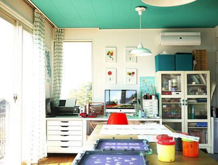 De qu color pintar el techo de casa for Colores para techos de casas